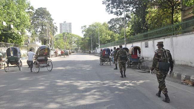 dhaka empty road