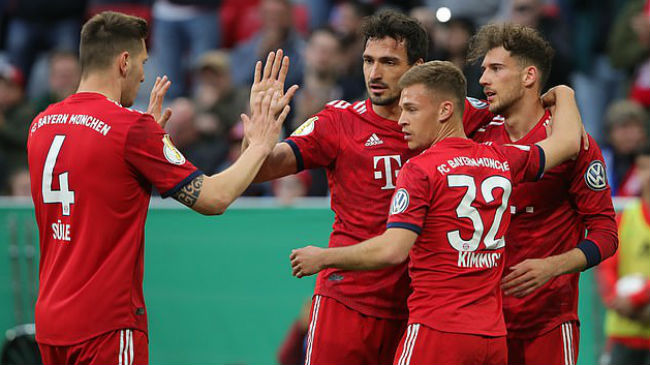 bayern celebrate their opening goal